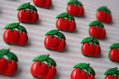 CHERRY BUTTONS