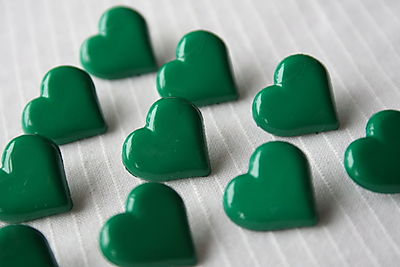 HEART-GREEN-BUTTONS