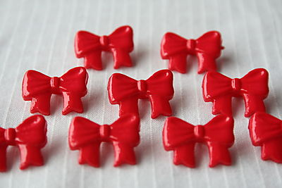 RED-BOW-BUTTONS