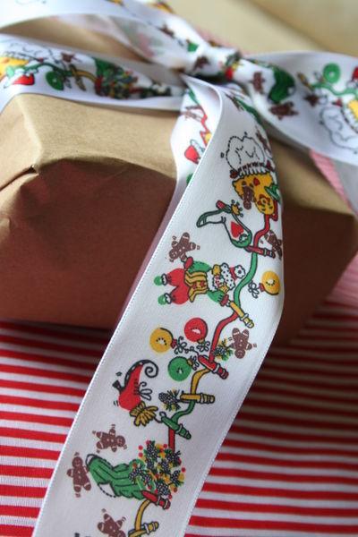 R & M Christmas Ribbon 042